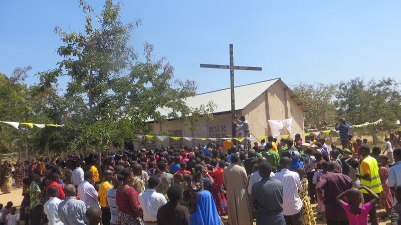 Misión Popular en Mbika